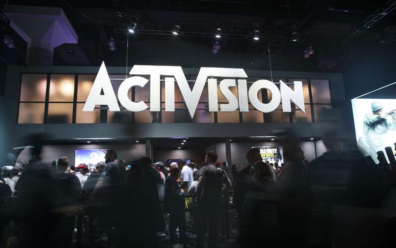 Activision перенесет свои франшизы на мобильные устройства